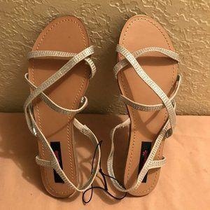 Betsey Johnson Betseyville Rhinestone Sandals 7.5